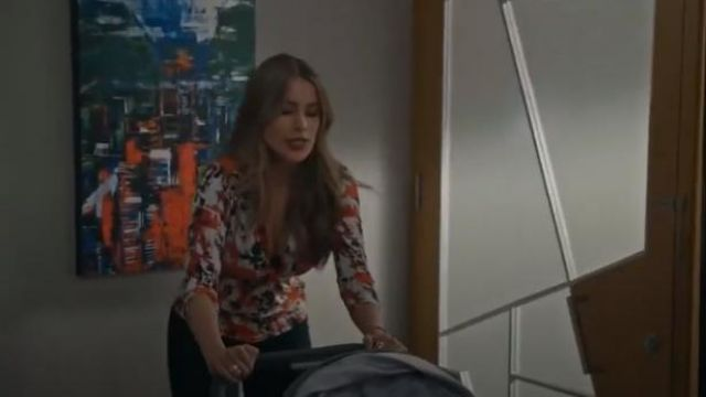 Roberto Cavalli Orange Twist-front Printed Stretch-jersey Top outfit worn by Gloria Delgado-Pritchett (Sofía Vergara) in Modern Family Season 11 Episode 6 - TV Show Outfits and Products