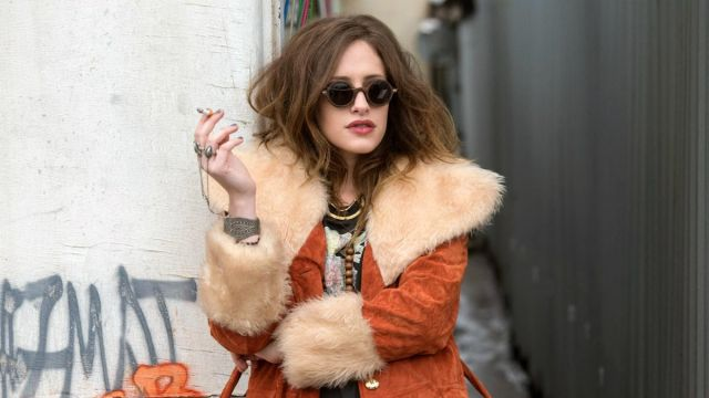 Round sunglasses from Darlene (Carly Chaikin) seen in Mr. Robot Season 1 Episode 1 - TV Show Outfits and Products