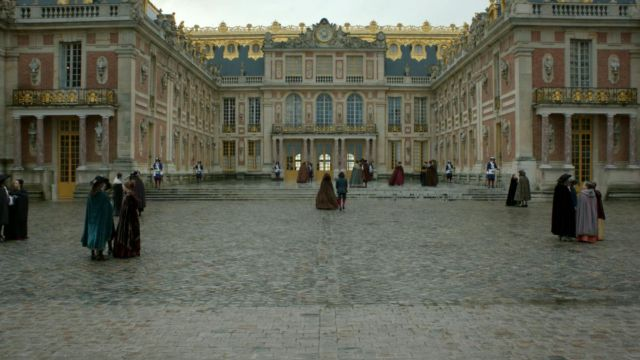 Fashion Trends 2021: Royal court of the palace of Versailles in Versailles Season 2 Episode 5