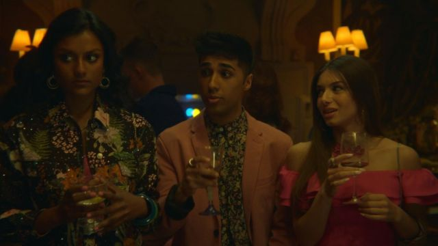 Fashion Trends 2021: Ruby's (Mimi Keene) fuchsia off the shoulder dress as seen in Sex Education S01E02