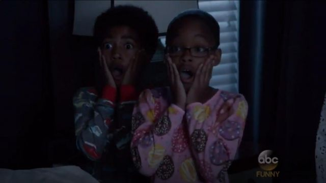 Saras Prints Boys Retro Cars Pajamas In Brown outfit worn by Jack Johnson (Miles Brown) in black-ish (S02E02) - TV Show Outfits and Products