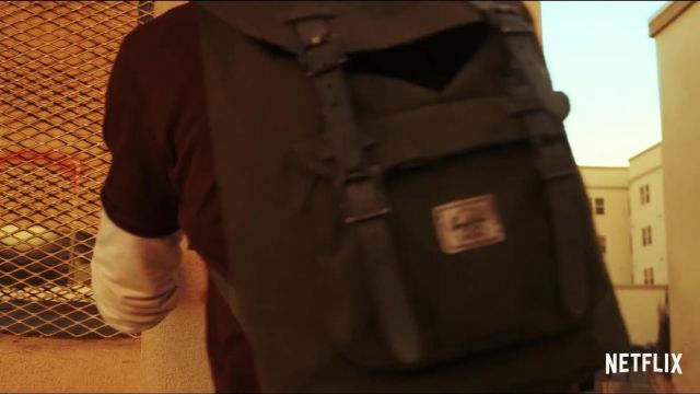 School backpack outfit worn by Josh Wheeler (Colin Ford) in Daybreak (S01) - TV Show Outfits and Products