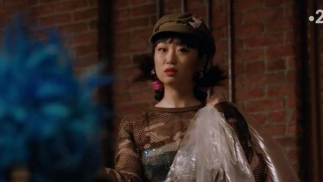 Fashion Trends 2021: Sheer Mesh Camo Crop Top of Monica (Alice Lee) in Take Two (S01E06)