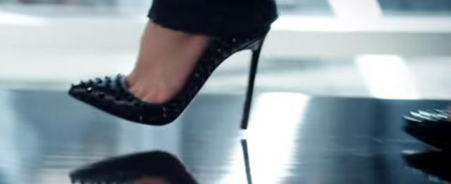 Fashion Trends 2021: Shoes Louboutin of Britney Spears in the clip I wanna go