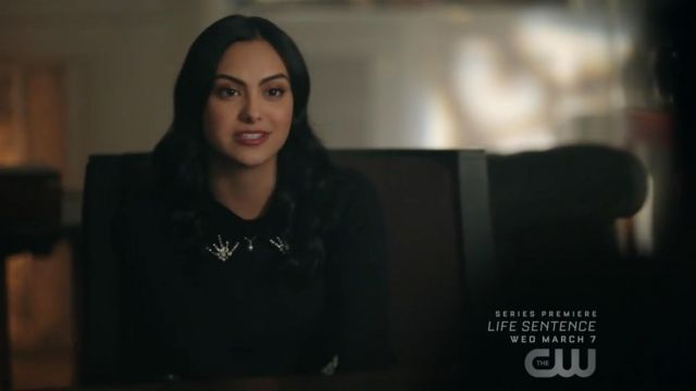 Small collar sweater velvet Sandro Veronica Lodge (Camila Mendes) seen in Riverdale Season 2E10 - TV Show Outfits and Products
