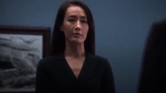 Smythe Asymmetrical Wrap Blazer outfit worn by Hannah Wells (Maggie Q) in Designated Survivor (Season 03 Episode 06) - TV Show Outfits and Products