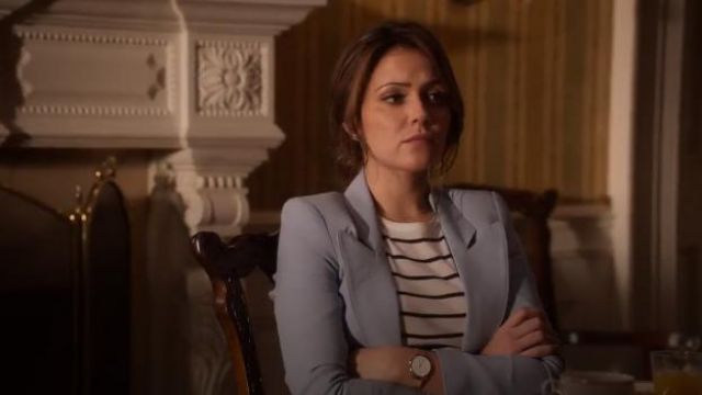 Smythe Duchess Blazer in Cloud outfit worn by Emily Rhodes (Italia Ricci) in Designated Survivor (Season 03 Episode 03) - TV Show Outfits and Products
