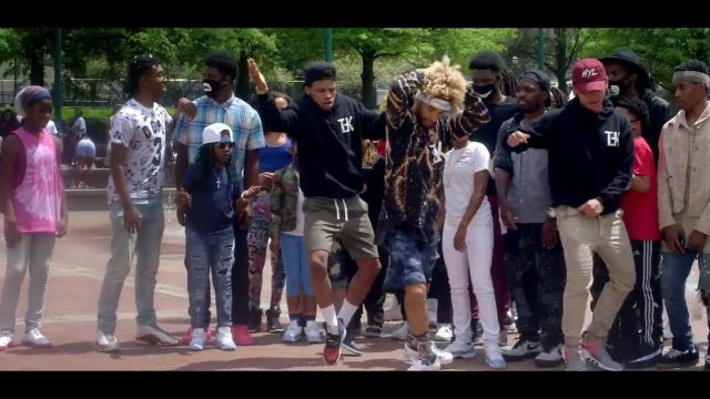 Sneakers Adidas Eqt in the clip, the Rolex Ayo & Teo - Youtube Outfits and Products