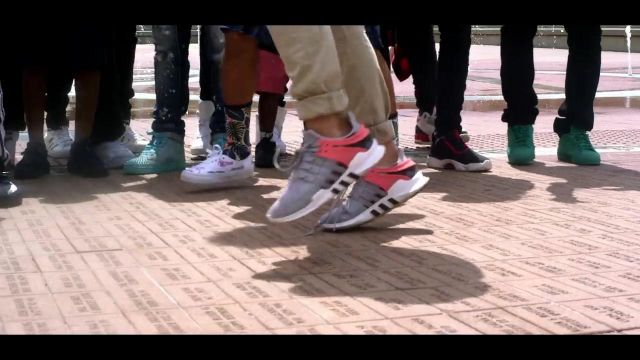 Sneakers Adidas Originals EQT an extra in the clip, the Rolex Ayo and Teo - Youtube Outfits and Products