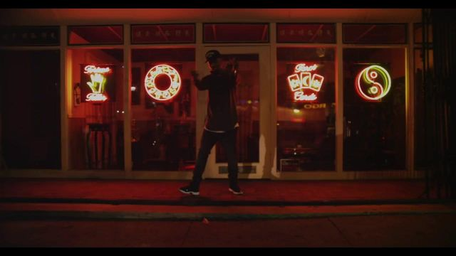 """Sneakers Nike Air Jordan 11 Retro """"Space Jam"""" in the clip Don det Bryson Tiller - Youtube Outfits and Products"""