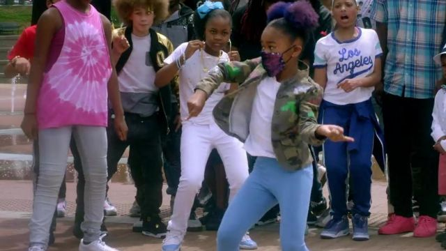 Sneakers Nike Air Jordan 4 Royalty in the clip, the Rolex Ayo & Teo - Youtube Outfits and Products