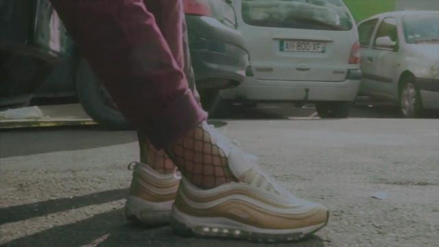 Sneakers Nike Air Max 97 Ultra Woman in the clip Team Type Beeby - Youtube Outfits and Products