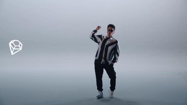Sneakers Nike Cortez Classic white Bruno Mars in his clip, That's What I Like - Youtube Outfits and Products
