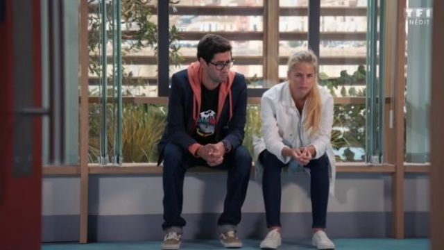 Sneakers Vans Georges (Mayel Elhajaoui) seen in Tomorrow belongs to us Season 1E312 - TV Show Outfits and Products