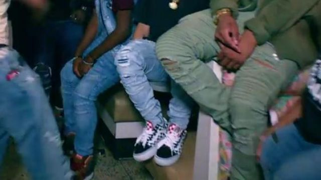 Sneakers Vans Od Skool checkered in the clip, the Rolex Ayo & Teo - Youtube Outfits and Products