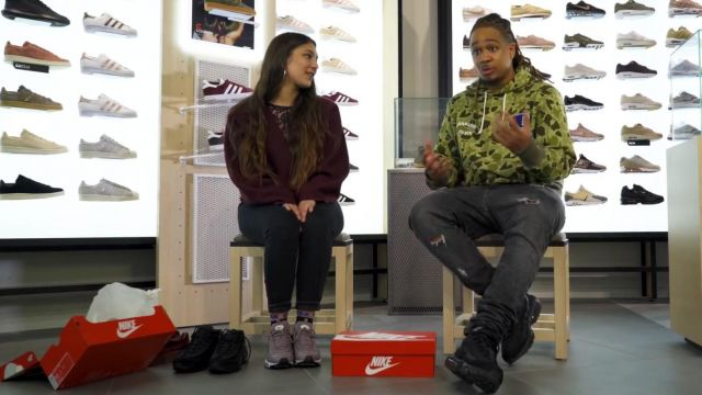 """Sneakers pink Nike Air max 97 of Chilla in the video """"CHILLA – Lease 2 Sneakers"""" - Youtube Outfits and Products"""