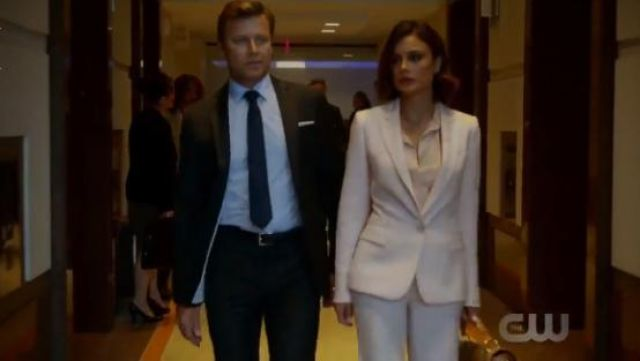 Fashion Trends 2021: Stella McCartney Anna Trousers outfit seen on Cristal Jennings (Ana Brenda Contreras) in Dynasty (S01E05)