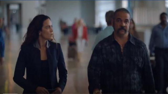 Fashion Trends 2021: Stella McCartney Fleur navy wool blazer outfit seen on Teresa Mendoza (Alice Braga) in Queen of the South (S03E12)