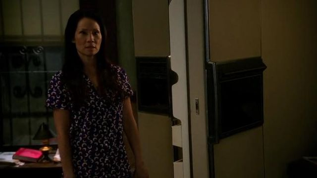 Fashion Trends 2021: Stella McCartney Poppy Snoozing Short Pajama Set outfit seen on Dr. Joan Watson (Lucy Liu) in Elementary (S04E09)