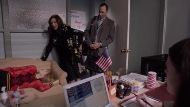 Fashion Trends 2021: Stella Mccartney Black Nadia Floral Embroidered Wool Coat outfit worn by Selina Meyer (Julia Louis-Dreyfus) in Veep (S07E05)
