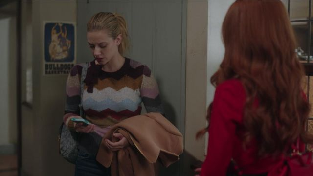 Striped sweater Marc Jacobs Betty Cooper (Lili Reinhart) seen in Riverdale Season 2E13 - TV Show Outfits and Products