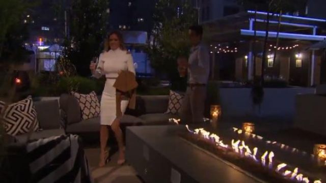 Stuart Weitzman NudistSong Sandals outfit worn by JoJo Fletcher in The Bachelorette (S12E02) - TV Show Outfits and Products