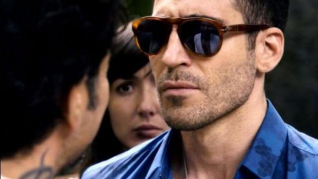 Sun-glasses Lito Rodriguez (Miguel Ángel Silvestre) seen in Sense8 Season 1E10