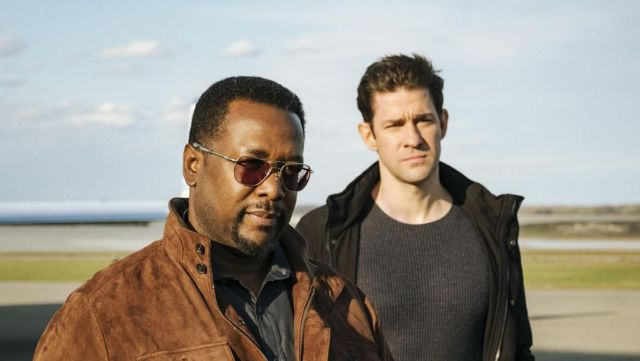 Sunglasses AO Eyewear James Greer (Wendell Pierce) seen in Jack Ryan (Season 1) - TV Show Outfits and Products