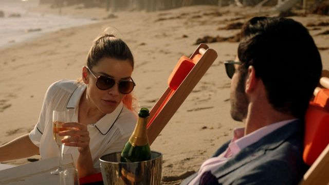 Sunglasses Chloe Decker (Lauren German) seen in Lucifer Season 3E12 - TV Show Outfits and Products