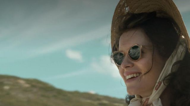 Sunglasses Queen Elizabeth II (Claire Foy) seen in The Crown Season 1 Episode 1 - TV Show Outfits and Products
