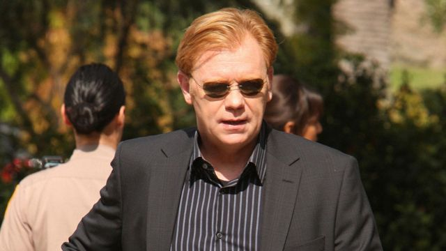 Sunglasses of Horatio Caine (David Caruso) seen in csi : Miami - TV Show Outfits and Products