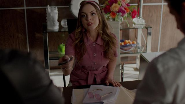 Sunglasses pink outfit worn by Fallon Carrington (Elizabeth Gillies) seen in Dynasty Season 2 Episode 5