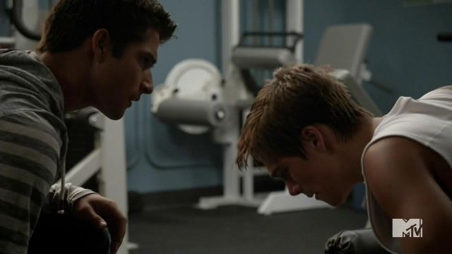 Sweat-striped gray-and-white Howe Scott McGall (Tyler Posey) on Teen Wolf Season 4E11 - TV Show Outfits and Products