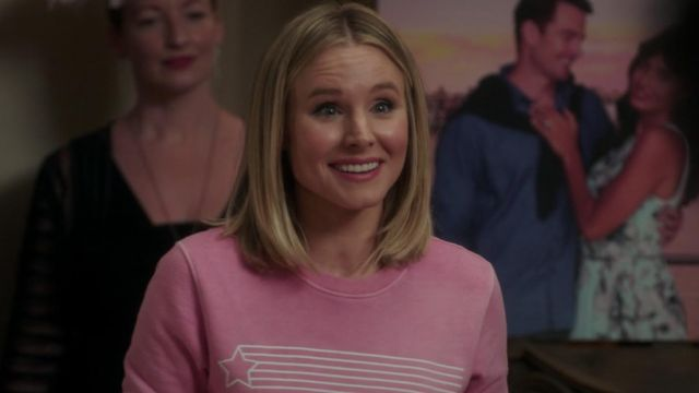 Sweater pink star Eleanor Shellstrop (Kristen Bell) seen in The Good Place (Season 3 Episode 3) - TV Show Outfits and Products