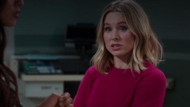 Sweater rose Eleanor Shellstrop (Kristen Bell) seen in The Good Place (Season 3 Episode 2) - TV Show Outfits and Products