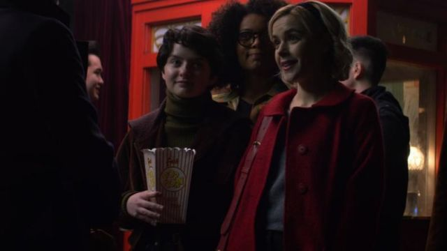Sweater turtleneck green Susie Putnam (Lachlan Watson) seen in The New Adventures of Sabrina Season 1 Episode 1 - TV Show Outfits and Products
