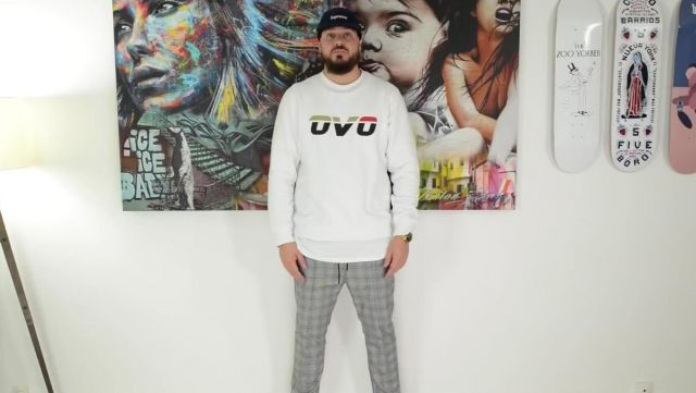 """Sweatshirt long sleeve OVO outfit worn by Tonton gibs in his video BBC X ADIDAS NMD HU TRAIL """"HEART MIND"""" - Youtube Outfits and Products"""