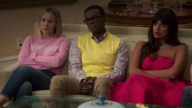 Sweatshirt pink Desert Dreamer outfit worn by Eleanor Shellstrop (Kristen Bell) seen in The Good Place Season 3 Episode 4 - TV Show Outfits and Products