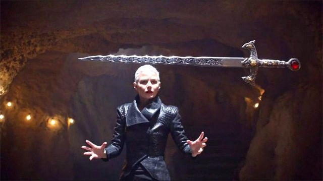 Sword Excalibur of Emma Swan (Jennifer Morrison) on Once Upon A Time Season 5 Episode 7 - TV Show Outfits and Products