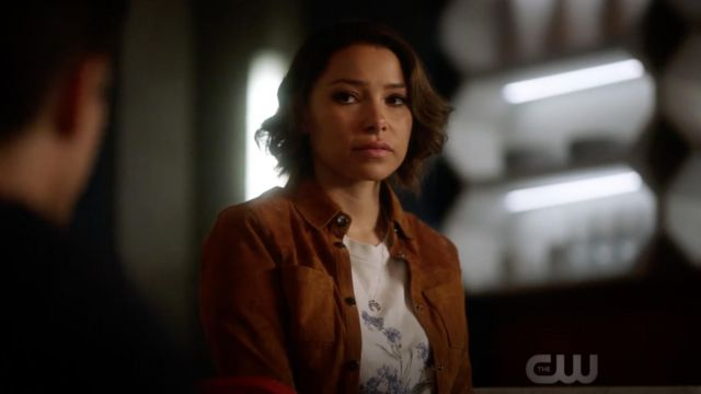 """T-shirt John Galt """"Forget Me Not"""" outfit worn by Nora West-Allen (Jessica Parker Kennedy) seen in Flash Season 5 Episode 2 - TV Show Outfits and Products"""
