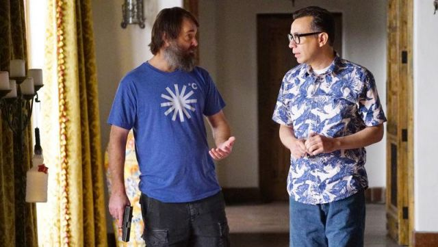 Fashion Trends 2021: T-shirt blue snowflake Phil Miller (Will Forte) seen in Last Man On Earth Season 4E11
