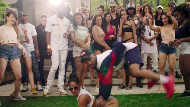 The Nike sneakers Air Jordan 5 Olympic Gold in the clip Gyalis pro Sean paul feat. Alkaline - Youtube Outfits and Products