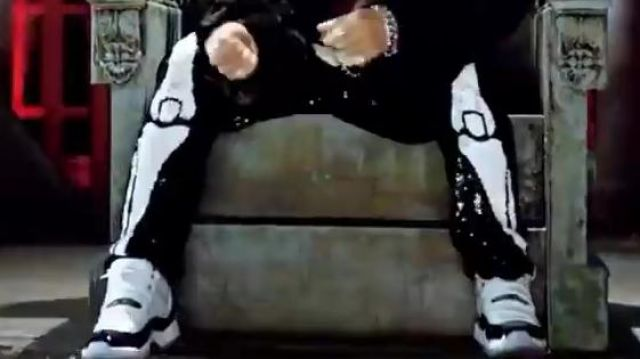 The air jordan 11 concord in the clip fantastic baby of Bigbang - Youtube Outfits and Products