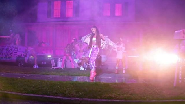 The belt B-low The Belt outfit worn by Ariana Grande in 7 rings - Youtube Outfits and Products