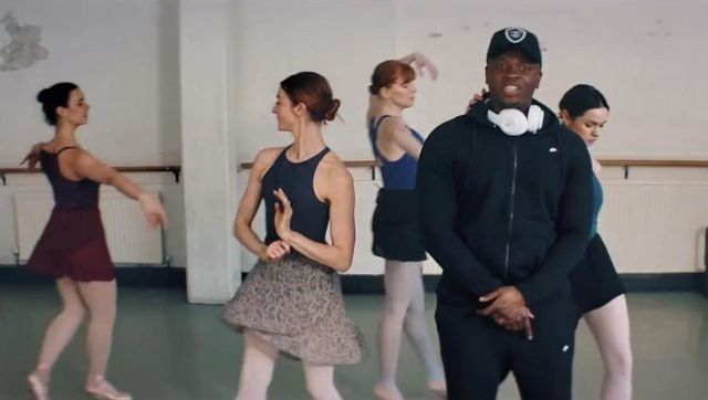 The black pants the Nike Modern Jogger in the clip the Man don t dance Big Shaq - Youtube Outfits and Products