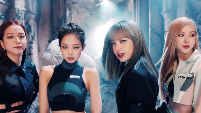 The black shirt asymmetrical héliot is a Emil of Jisoo in the clip Kill-This Love of Blackpink - Youtube Outfits and Products