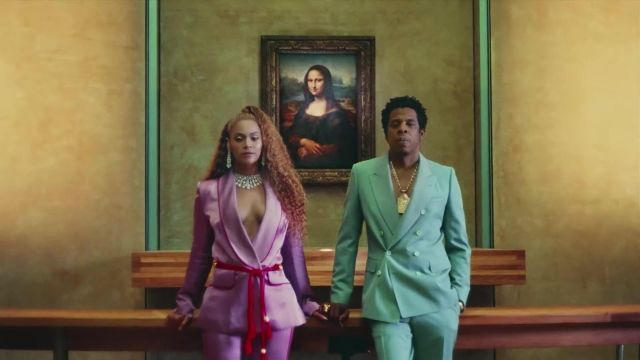 The blazer pink silk Peter Pilotto outfit worn by Beyoncé in her video clip APES**T - THE CARTERS - Youtube Outfits and Products