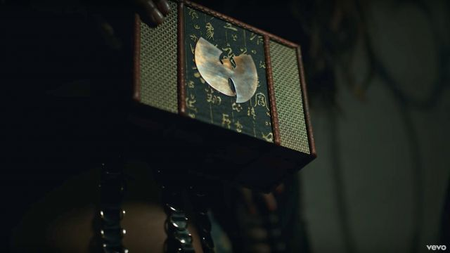 The box with the logo of the Wu-Tang Clan in the video People Say Wu-Tang Clan feat. Redman