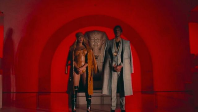 The cap leather MCM Beyoncé in the clip APES**IT The Fan - Youtube Outfits and Products