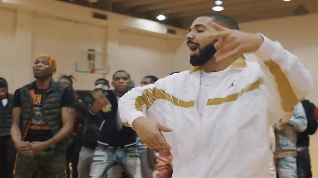 The jacket Jordan X OVO Drake in the clip Look Alive with BlocBoy JB - Youtube Outfits and Products